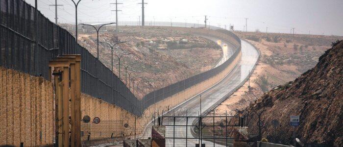 Route 4370 ved Jerusalem, kjent som «apartheid-veien»,