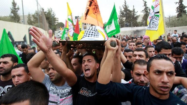 Begravelse for 13 år gamle Abdel Rahman Abdullah, som ble drept av en israelsk soldat.