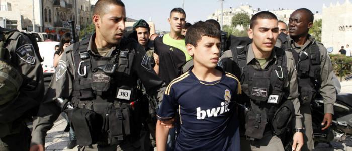 Palestinsk barn arresteres