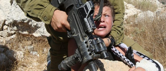 ct-israeli-soldier-palestinian-boy-20150830